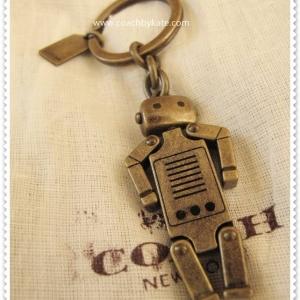 สินค้าอยู่ USA : พวงกุญแจ COACH รูปหุ่นยนต์