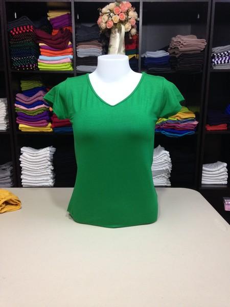 """เสื้อยืดคอวี สีเขียวสด size """"M"""""""
