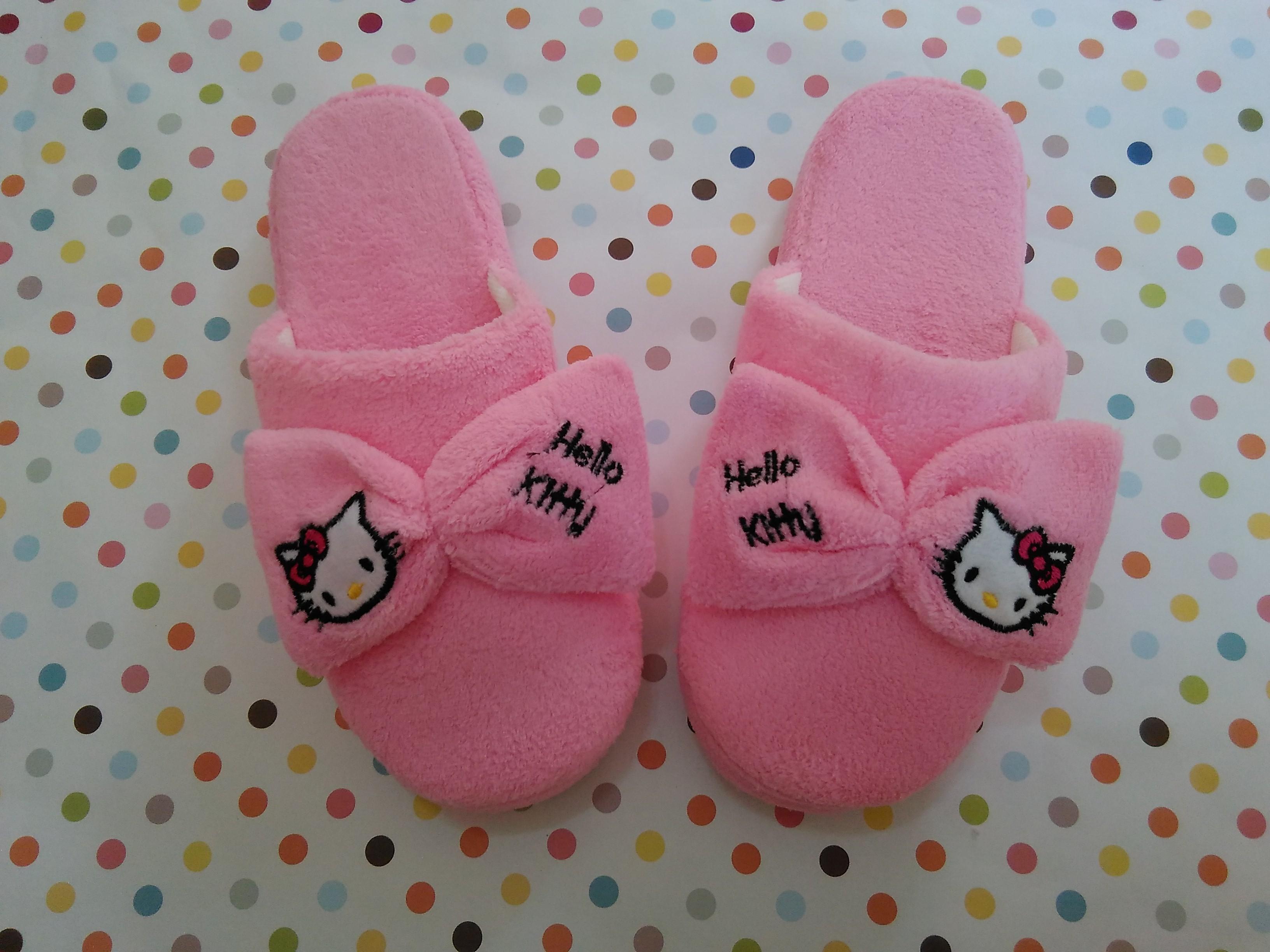 รองเท้าใส่ในบ้าน ออฟฟิศ ฮัลโหลคิตตี้ Hello kitty ขนาด free size พื้นสีชมพู