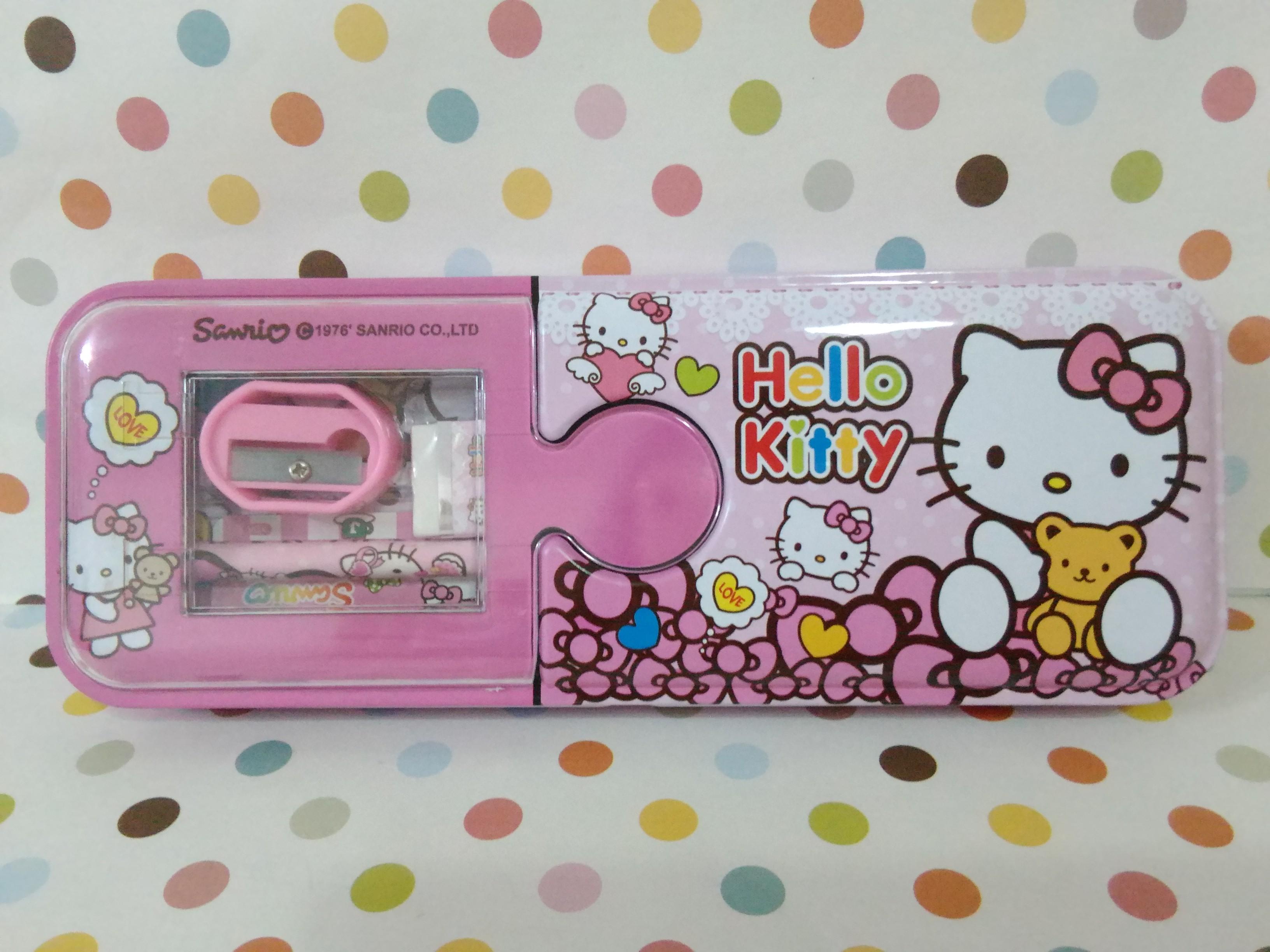กล่องดินสอเหล็ก ฮัลโหลคิตตี้ Hello Kitty ขนาด 8 ซม. * 21 ซม. ลายฮัลโหลคิตตี้