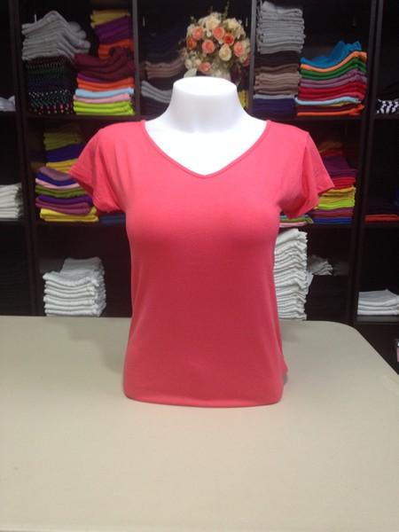 """เสื้อยืดคอวี สีชมพูโอรส size """"M"""""""