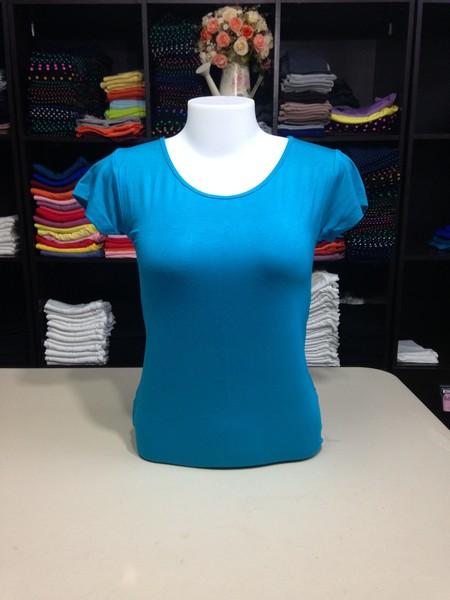 """เสื้อยืดคอกลม สีฟ้าน้ำทะเล size """"M"""""""