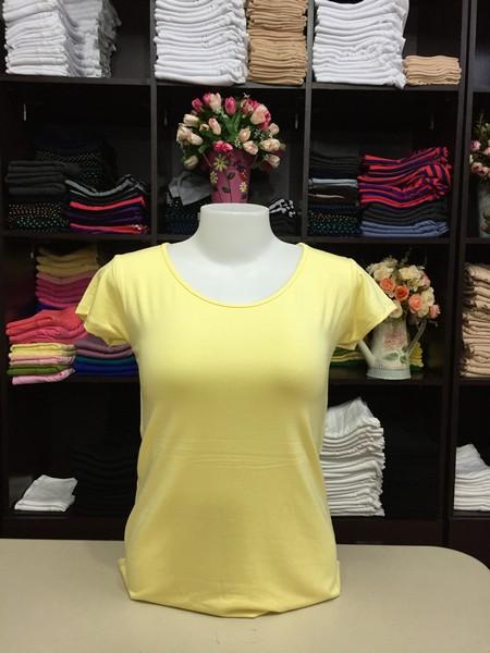 """เสื้อยืดคอกลม สีเหลืองอ่อน size""""M"""""""