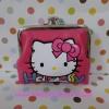 กระเป๋าใส่เศษสตางศ์ใบกลาง ฮัลโหลคิตตี้ Hello kitty ขนาดยาว 10 ซม.* สูง 8 ซม. ลายหน้าคิตตี้โบว์ พื้นสีชมพู