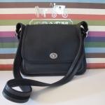 สินค้าอยู่ USA : กระเป๋าหนัง COACH มือ 2 (PR025)