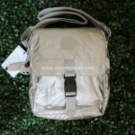 สินค้าอยู่ USA : กระเป๋า Kipling Lancelot HB6317-130 SILVBRESNK สีเงิน
