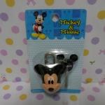 ชุดล๊อคกุญแจ มิกกี้เม้าส์ mickey mouse ในชุดมีแม่กุญแจและลูกกุญแจ ขนาดแม่กุญแจสูง 4.5 ซม. ลูกกุญแจสูง 4 ซม. ราคาต่อชุด