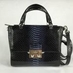 สินค้าพร้อมส่งจาก USA » กระเป๋า Kate Spade Pxru5335 Bennett Chelsea Square Luxe crossbody bag