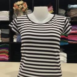 """เสื้อยืดคอกลม ลายริ้ว สีเทาดิน+ขาว size """"M"""""""